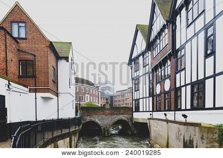 Kingston Upon Thames, United Kingdom - April 2018:  Clattern Bridge Over The Hogsmill, A Tributary O