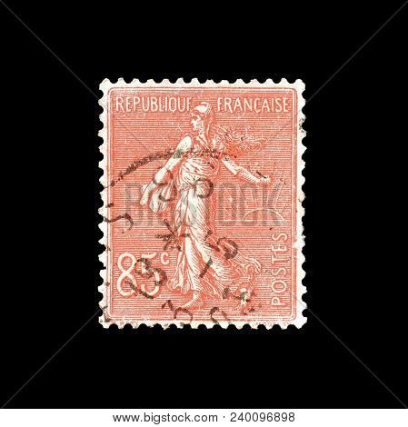 France 1924 : Cancelled Postage Stamp Printed By France, That Shows Sower.
