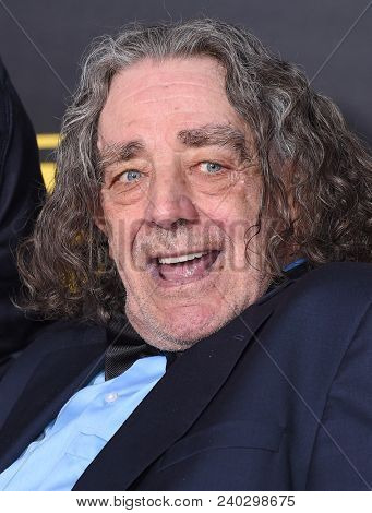 LOS ANGELES - MAY 10:  Peter Mayhew arrives to the