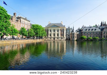 City Center Of Den Haag - Dutch Pairlament, Mauritshuis And With Reflections In Pond, Netherlands