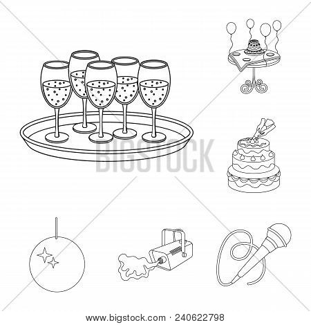 Event Organisation Outline Icons In Set Collection For Design.celebration And Attributes Vector Symb
