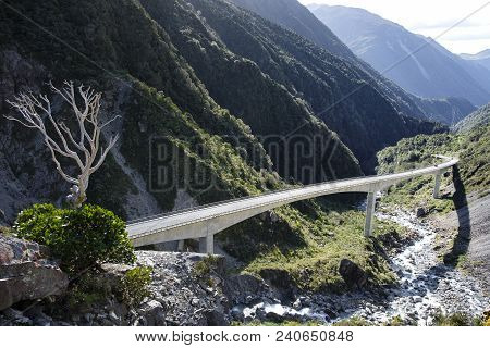 The 440m Long Viaduct Cutting Through The Otherwise Perilous Otria Gorge, South Island, New Zealand