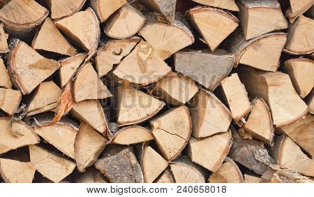 photo with stock of firewood