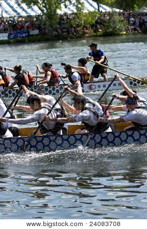 Piranhas DBC Dragon Boat racing