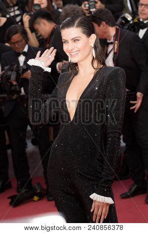 CANNES, FRANCE - MAY 13: Isabeli Fontana attends the screening of 'Sink Or Swim (Le Grand Bain)' during the 71st annual Cannes Film Festival at Palais des Festivals on May 13, 2018 in Cannes, France.