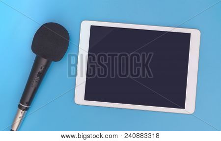 Black Dynamic Microphone With Blank Tablet Mock Up