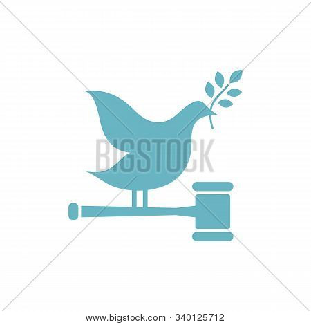 Judges Hammer Realistic With Square Stand - Isolated On White Background - Art Vector