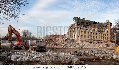 Kraków, Poland - December 17, 2019: Demolition Of An Old Office Building, Called Elbud In A Traditio