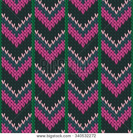 Cozy Downward Arrow Lines Christmas Knit Geometric Seamless Pattern. Pullover Knitting Pattern Imita