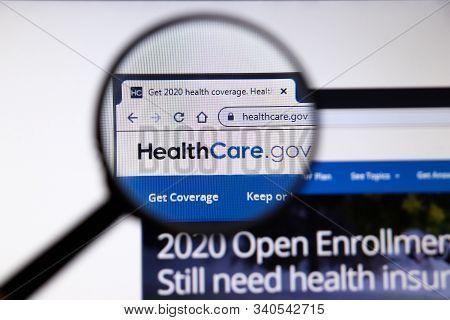 Los Angeles, California, Usa - 19 December 2019: Healthcare Website Page. Healthcare.gov Logo On Dis
