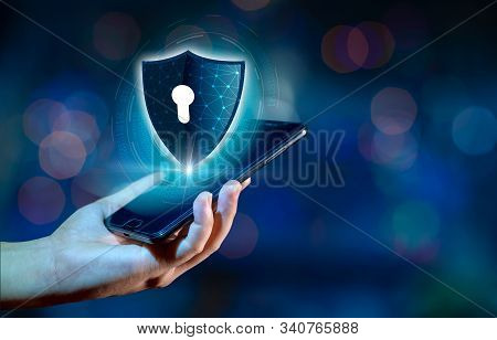 Shield Internet Phone Smartphone Is Protected From Hacker Attacks, Firewall Businesspeople Press The