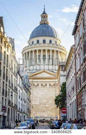 Paris, France, 09.10.2019: Beautiful Cathedral On The Champs Elysees. Vertical.