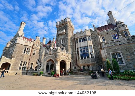 TORONTO, CANADA - JULY 3: Casa Loma exterior view on July 3, 2012 in Toronto, Canada. Built 1911���¨C1914 and was Established as museum 1937, it was the largest private residence in Canada.