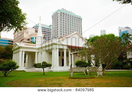 Singapore - 31 Dec 2014: Beautiful, Colonial Architecture And Gardens Of The Armenian Apostolic Chur