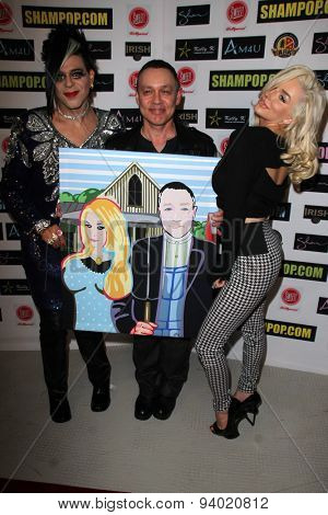 LOS ANGELES - JUN 4:  Sham Ibrahim, Doug Hutchison, Courtney Stodden at the Celebrity Selfies Art Show by Sham Ibrahim at the Sweet! Hollywood on June 4, 2015 in Los Angeles, CA
