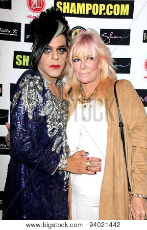 LOS ANGELES - JUN 4:  Sham Ibrahim, Jo Hilton at the Celebrity Selfies Art Show by Sham Ibrahim at the Sweet! Hollywood on June 4, 2015 in Los Angeles, CA