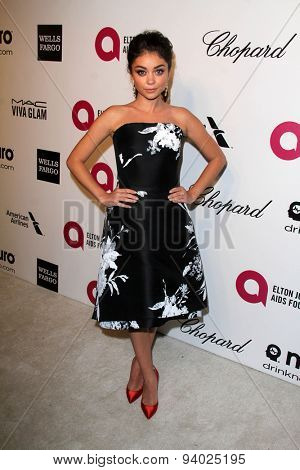 LOS ANGELES - MAR 3:  Sarah Hyland at the Elton John AIDS Foundation's Oscar Viewing Party at the West Hollywood Park on March 3, 2014 in West Hollywood, CA