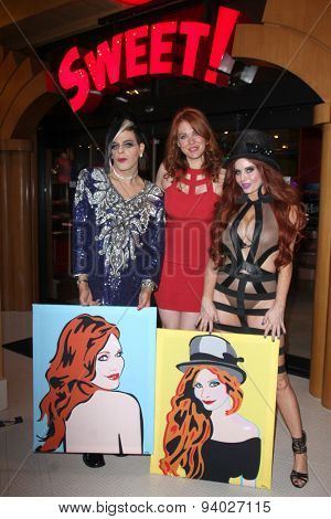 LOS ANGELES - JUN 4:  Sham Ibrahim, Maitland Ward, Phoebe Price at the Celebrity Selfies Art Show by Sham Ibrahim at the Sweet! Hollywood on June 4, 2015 in Los Angeles, CA