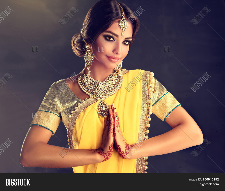Yellow Saree Images, Illustrations, Vectors - Yellow Saree Stock ...