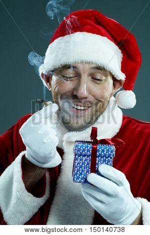 Unequal Santa
