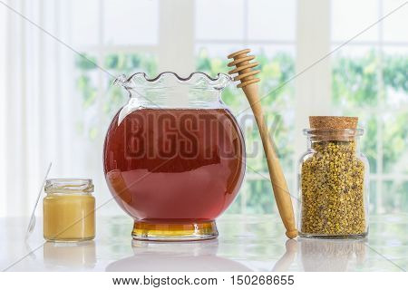Golden bee pollen with honey and pollen