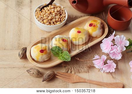Festival moon cake - Chinese cake and tea