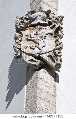 architectural details of the building in Ostuni.
