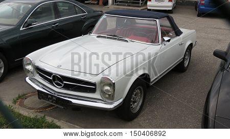 Grey Mercedes Benz Car