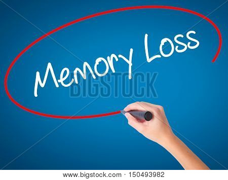 Women Hand Writing Memory Loss With Black Marker On Visual Screen