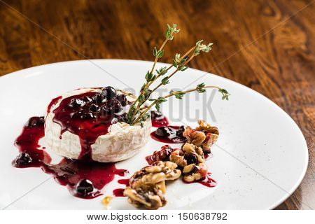 cheese with cranberry sauce
