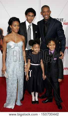 Will Smith, Jada Pinkett Smith, Willow Smith and Jaden Smith at the Los Angeles premiere of 'The Pursuit of Happyness' held at the Mann Village Theater in Westwood, USA on December 7, 2006.