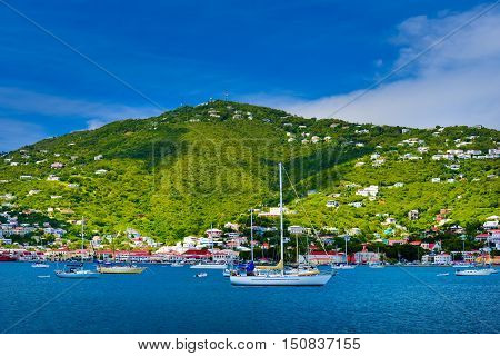Boats and ships in Saint Maarten port