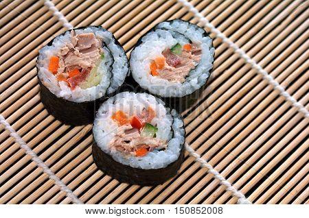 Three Makizushi Sushi Fresh Maki Rol
