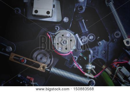 Electromechanical part of the device. Construction of machine