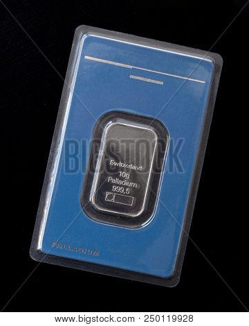 Minted Bar Of Palladium Weighing 10 Grams Sealed In Tamper-proof Packaging. Palladium Ingot In Blist