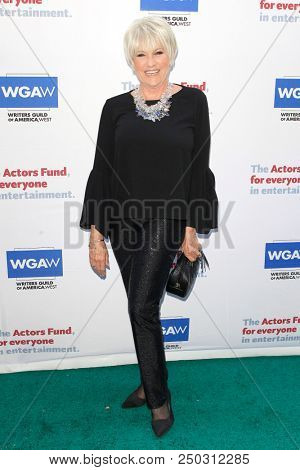 LOS ANGELES - JUN 11: Lorna Luft at The Actors Fund's 22nd Annual Tony Awards Viewing Party at the Skirball Cultural Center on June 10, 2018 in Los Angeles, CA