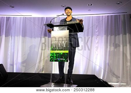 LOS ANGELES - JUN 11: Wilson Cruz at The Actors Fund's 22nd Annual Tony Awards Viewing Party at the Skirball Cultural Center on June 10, 2018 in Los Angeles, CA