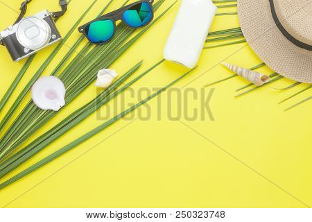 Table Top View Aerial Image Of Fashion To Travel In Summer Holiday Background.flat Lay Accessories C