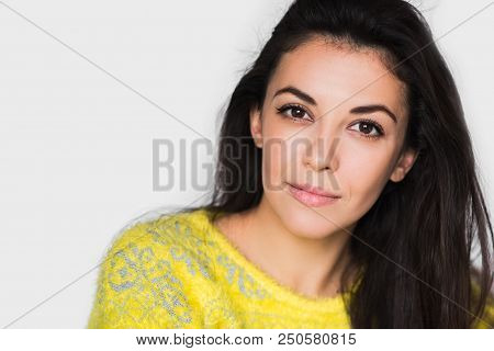 Portrait Of Brunette Pretty Woman With Beautiful Eyes, Looking In Front. Young Happy Woman Wearing Y