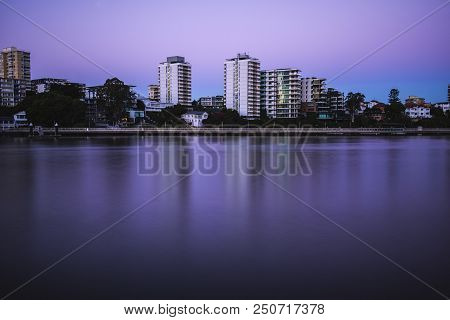 Brisbane, Australia - Sunday 22Nd July, 2018: View Of The Brisbane River And New Farm Area At Night