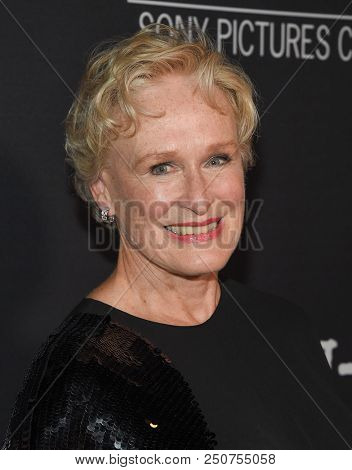 LOS ANGELES - JUL 23:  Glenn Close arrives to