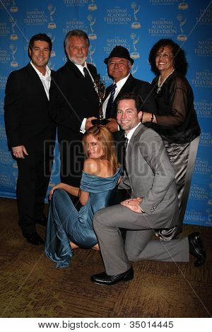 LOS ANGELES - JUN 17:  Michelle Stafford, Michael Muhney with winners from Young & Restless at the 38th Annual Daytime Creative Arts & Entertainment Emmy Awards on June 17, 2011 in Los Angeles, CA