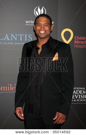 LAS VEGAS - JUN 19:  Texas Battle arriving at the  38th Daytime Emmy Awards at Hilton Hotel & Casino on June 19, 2010 in Las Vegas, NV.