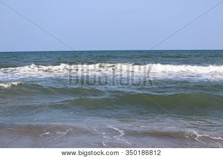 Close Up Shot Of Beach , Beaches Of India, Beach And Sky Background, Water Wave On Sea Or Beach,beac