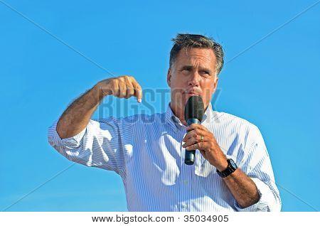 Mitt Romney campaigning in Michigan