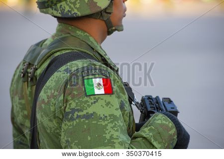 Mexico City - Jan. 18, 2020: Raising Flag Guard Of Honor Stand On Zocalo In Front Of Metropolitan Ca