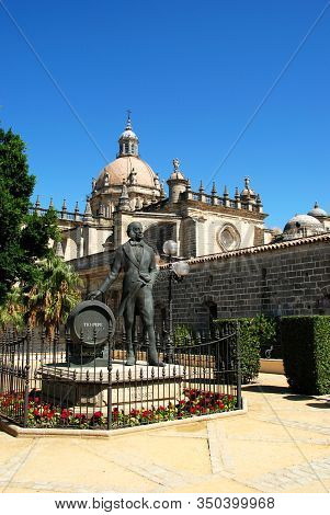 Jerez De La Frontera, Spain - August 20, 2008 - View Of San Salvador Cathedral With A Statue Of Manu