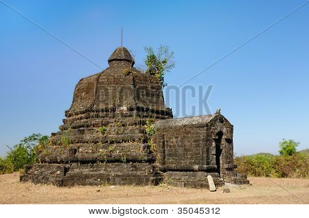 Myanmar (burma), Mrauk U Temple