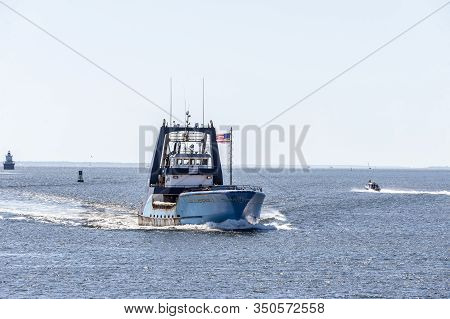 New Bedford, Massachusetts, Usa - August 12, 2019: Clammer Sea Watcher I Homebound In New Bedford Ou