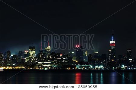 Manhattan from Hudson river at night